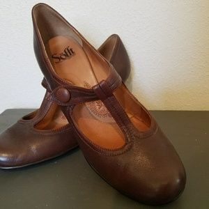 Sofft Brown leather dress heels size 9